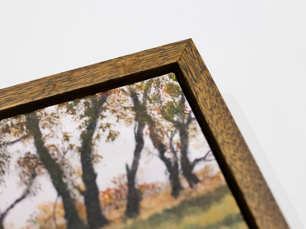 floating-frame-wooden